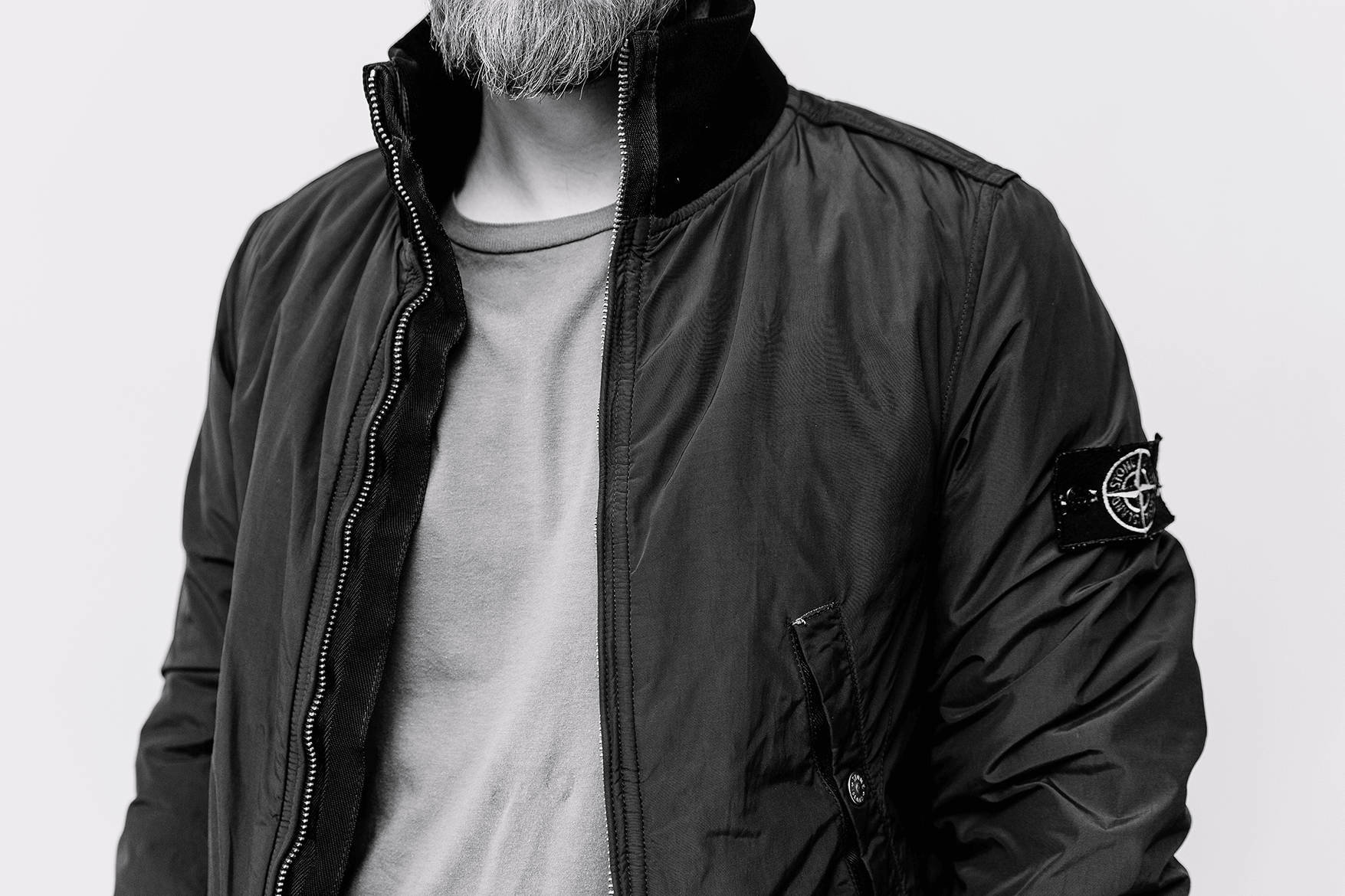 vyriska-apranga-originalus-dizaineriu-drabuziai-vyrams-7cproject